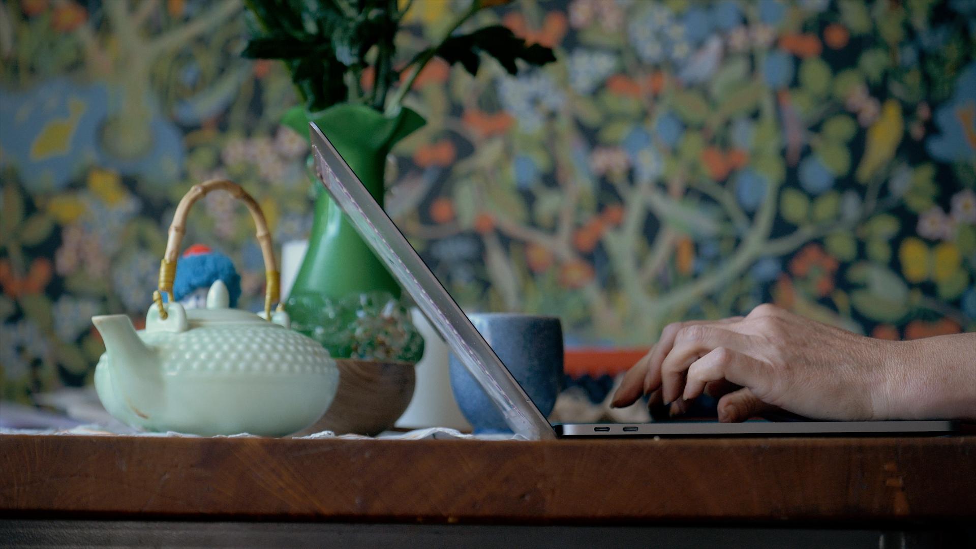 Portrætfilm med Tina Sakura Bestle og Anna Jacobina Jacobsen